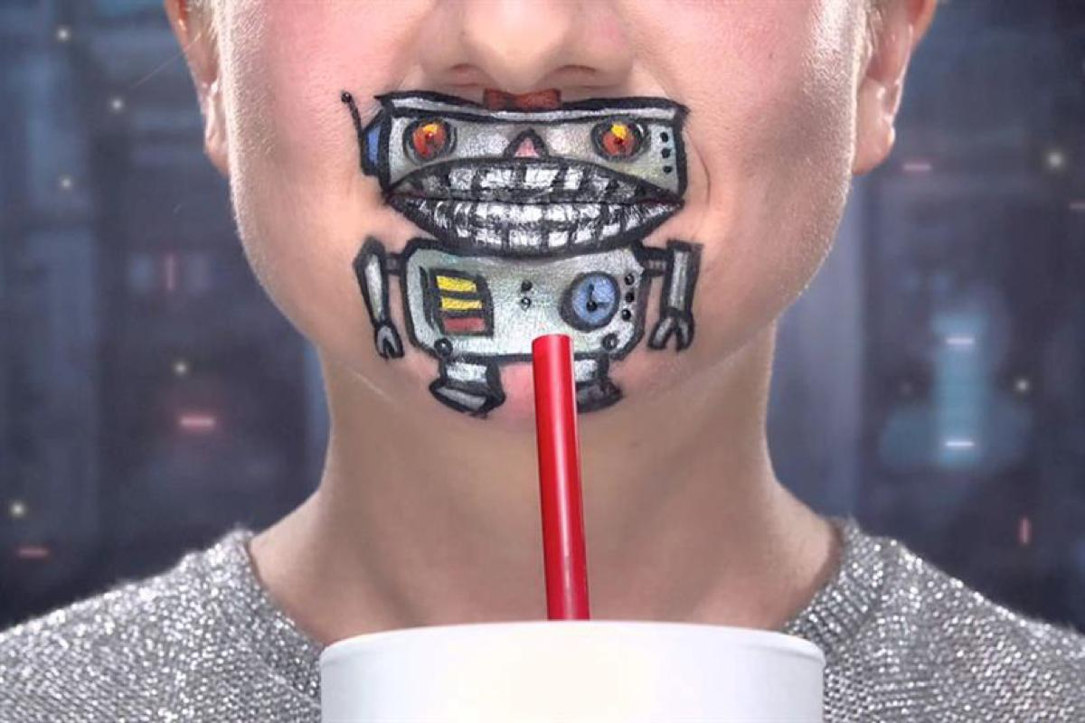 Sonic Sipsters Robot